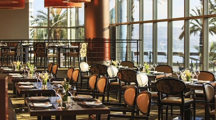LA VISTA RESTAURANTE - TO GO PARRILLERO - La Vista Restaurant - JW Marriot